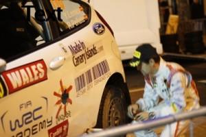 Foto de Lemes con el coche